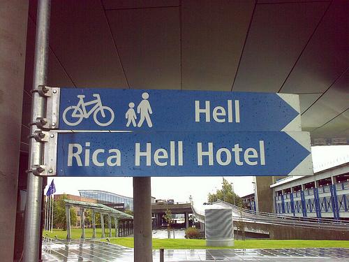 rica-hell-hotel-skilt.jpg