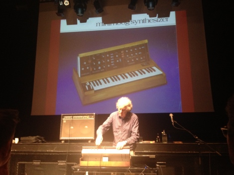 Trevor Pinch demonstrates the Moog synthesizer at Rockheim.